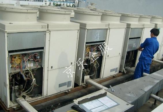 怎么判断美的中央空调需要加冷冻油