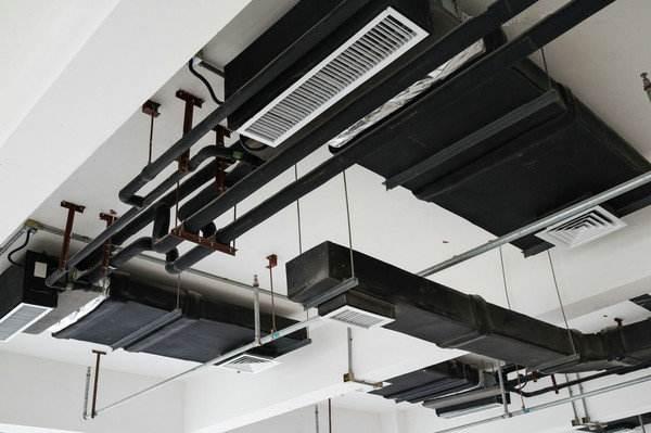 东芝中央空调出风口的安装问题
