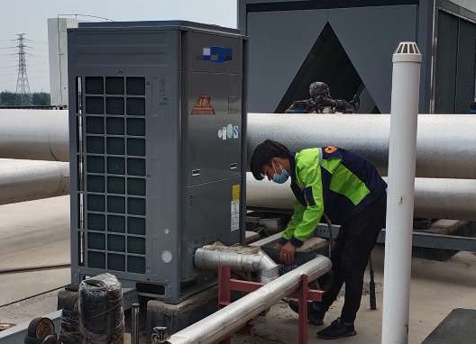 武汉华凌售后热线电话-活塞式制冷机组的维护和保养