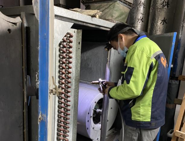 佛山小天鹅中央空调售后维修-空压机保养与维修的注意事项