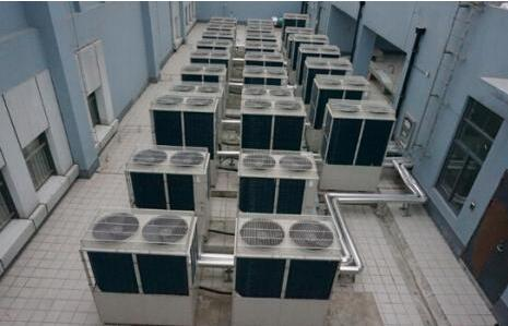 大型中央空调通风管道清洗(图1)