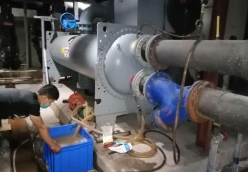 南京大金空調售后熱線電話-大型中央空調水系統清洗方法